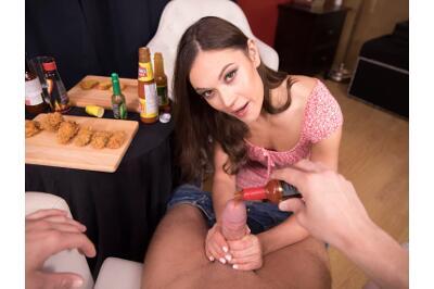 Hot Ones - Alyssa Reece - VR Porn - Image 2