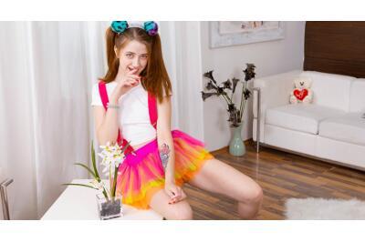 Lollipop and Dick in Gentle Hands - Alita Angel - VR Porn - Image 1