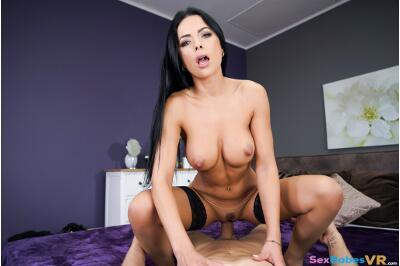 Burning Desire - Shalina Devine - VR Porn - Image 6
