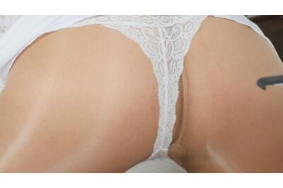 Pantyhose Lapdance - George Uhl, Nikky Dream - VR Porn - Image 8