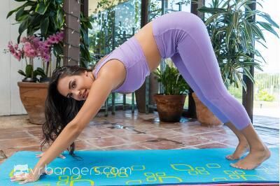 Busty Namaste - Sofi Ryan - VR Porn - Image 1