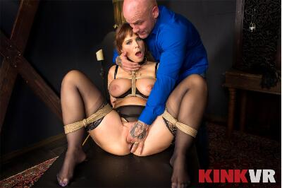 King of the Castle - Kacie Castle, Syren De Mer - VR Porn - Image 4