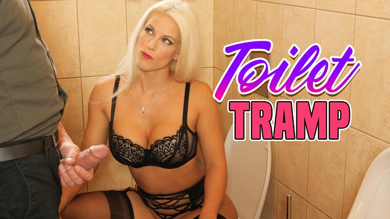 Toilet Tramp feat. Blanche Bradburry - VR Porn Video
