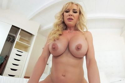 Could You Handle A Milf Like Me? - Brandi Love - VR Porn - Image 6