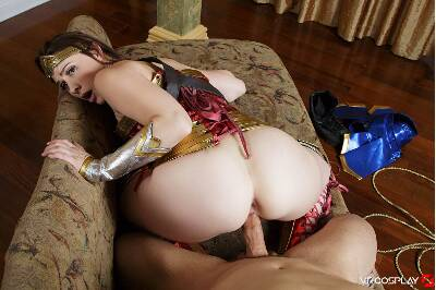 Wonder Woman A XXX Parody - Chanel Preston - VR Porn - Image 36