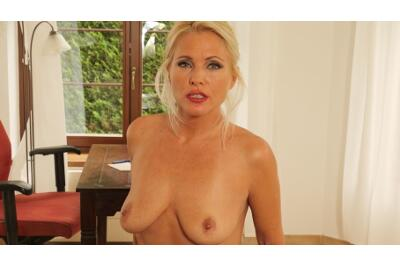 Bossy Milf Behaving Badly - Kathy Anderson, George Uhl - VR Porn - Image 10