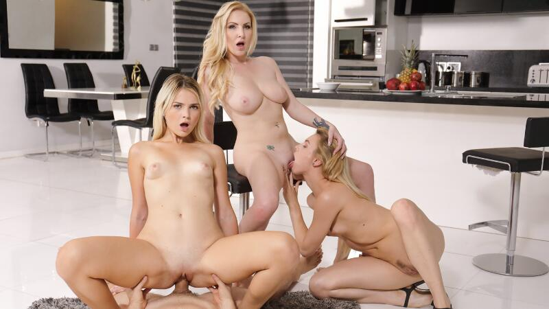 Family Foursome Is Awesome! feat. Alecia Fox, Georgie Lyall, Lolly Small - VR Porn Video