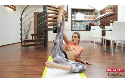 Naughty Yoga With Alexis - Alexis Crystal - VR Porn - Image 222