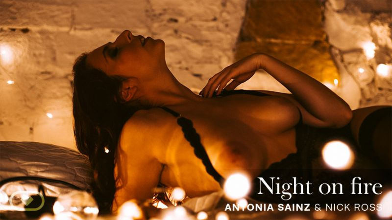 Night On Fire feat. Antonia Sainz, Nick Ross - VR Porn Video