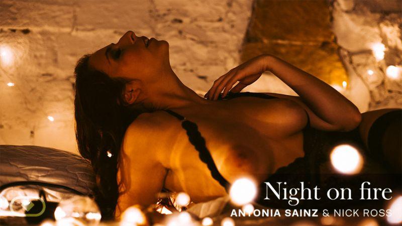Night On Fire feat. Antonia Sainz, Nick Ross - VR Porn Video