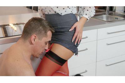 Milf In Red Stockings - Blanche Bradburry - VR Porn - Image 7