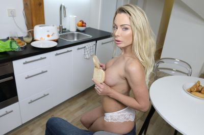 Cream For Mother's Muffin - Isabelle Deltore - VR Porn - Image 1