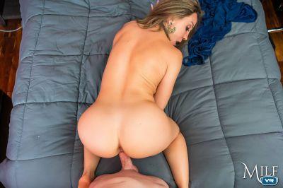 Foxxxy Lady - Betty Foxxx - VR Porn - Image 7