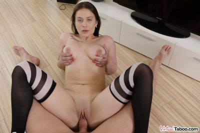 Sister Is My Sex Drive - Mia Rose - VR Porn - Image 6