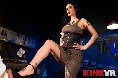 The Babes of Kink: Compilation - Arabelle Raphael, Kacie Castle, Lindsey Cruz, Lydia Black, Syren De Mer - VR Porn - Image 3