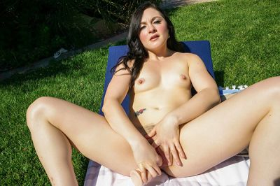 Come Join Me Outside! - Petra Blair - VR Porn - Image 7