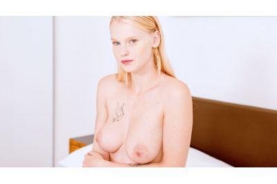 Endless Solo Satisfaction - Ariela Donovan - VR Porn - Image 4
