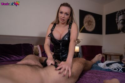 I Own Your Cock - Amber Jayne - VR Porn - Image 5