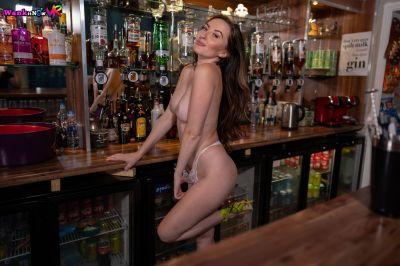 Cock-Tail - Sophia Smith - VR Porn - Image 4