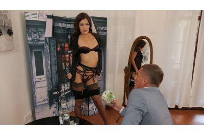 Posh Lady Lapdance - Cindy Shine - VR Porn - Image 5