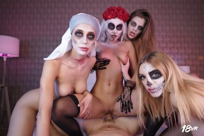 Sharing is Scaring - Marilyn Sugar, Nicole Love, Paola Hard, Sarah Kay - VR Porn - Image 15