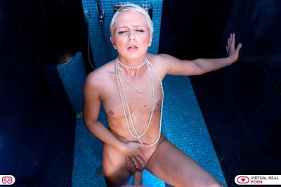 Wet Pearls - Kittina Ivory, Michael Fly - VR Porn - Image 4