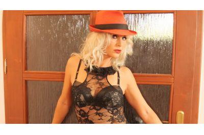 Stripper Milf - Kathy Anderson - VR Porn - Image 2