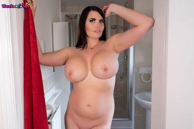 Secret Wanker - Kylie K - VR Porn - Image 5
