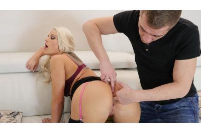 Lick My Ass - Barbara Bieber - VR Porn - Image 9