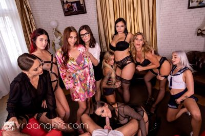 The Harlot's House: Black Friday in Europe Part 2 - Antonia Sainz, Barbara Bieber, Cindy Shine, Daisy Lee, Jennifer Jane, Leidy De Leon, Marilyn Sugar, Sofia Lee, Tina Kay - VR Porn - Image 4