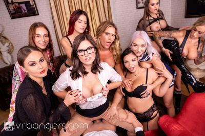 The Harlot's House: Black Friday in Europe Part 2 - Antonia Sainz, Barbara Bieber, Cindy Shine, Daisy Lee, Jennifer Jane, Leidy De Leon, Marilyn Sugar, Sofia Lee, Tina Kay - VR Porn - Image 9