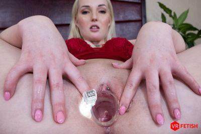 Tiny Pussy Gaped - Lovita Fate - VR Porn - Image 9