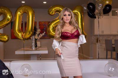 Happy Busty Year - Kayla Kayden - VR Porn - Image 4