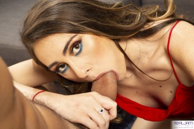 RealJamCasting: Mackenzie Mace - Mackenzie Mace - VR Porn - Image 2