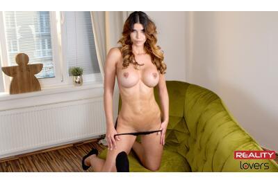 Virtually Naked - Micaela Schäfer - VR Porn - Image 11