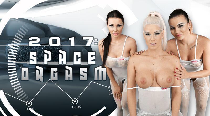 2017: Space Orgasm feat. Blanche Bradburry, Patty Michova, Vanessa Decker - VR Porn Video