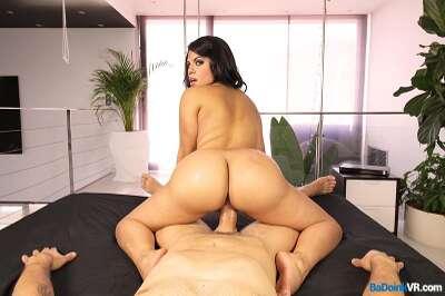 Latin Ass Shake - Kesha Ortega - VR Porn - Image 17