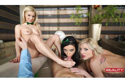 Four Leaf Foursome - Nesty, Ninel Mojado, Zazie Skymm - VR Porn - Image 2