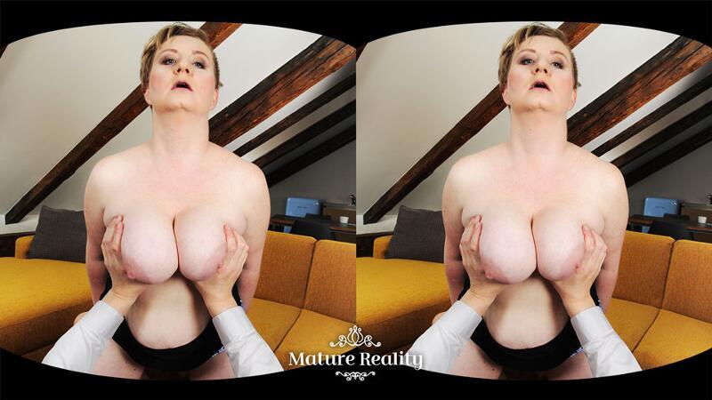 Big Is Beautiful feat. Samantha Si - VR Porn Video