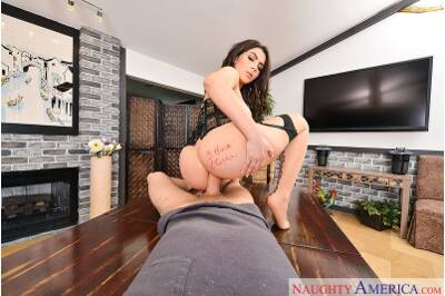 Three Hole Girl - Dylan Snow, Valentina Nappi - VR Porn - Image 51
