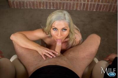 Anal Inquiry - Christie Stevens - VR Porn - Image 7