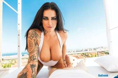 Slutty Skyline - Raquel Adan - VR Porn - Image 1