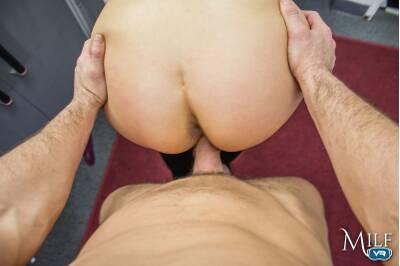Backstage Ass - Ivy Lebelle - VR Porn - Image 46