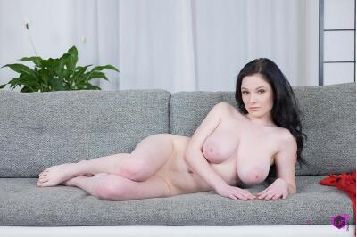 Busty Teen First Time in VR - Angel Princess - VR Porn - Image 23