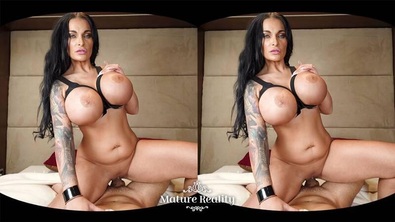 Ultra Tits feat. Sandra Sturm - VR Porn Video